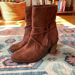 Dr. Scholl's Voice Women's Boots - Brown Suede